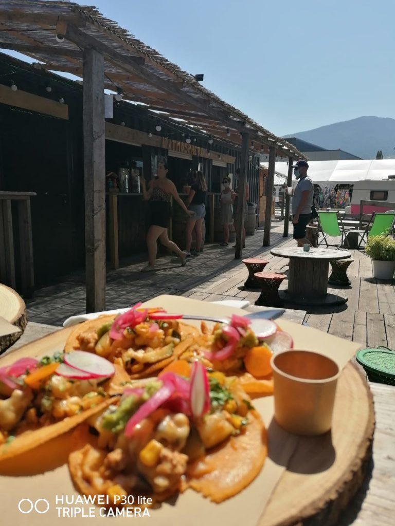 Tacos poulet par Viva Mexico - stand-restaurant Marché de la Seiche, Lac Annecy, Sevrier