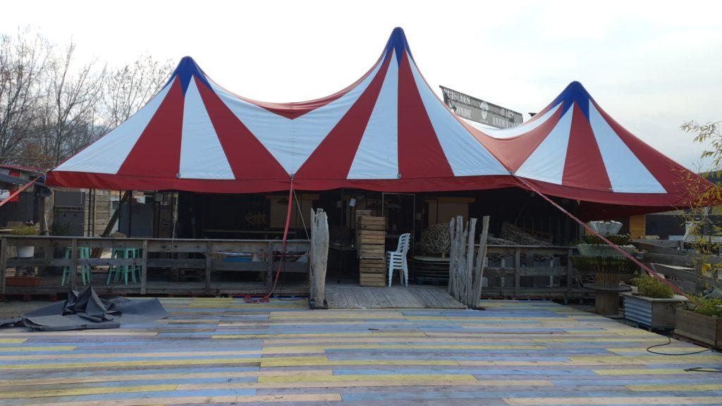 Chapiteau de cirque tentes annexes