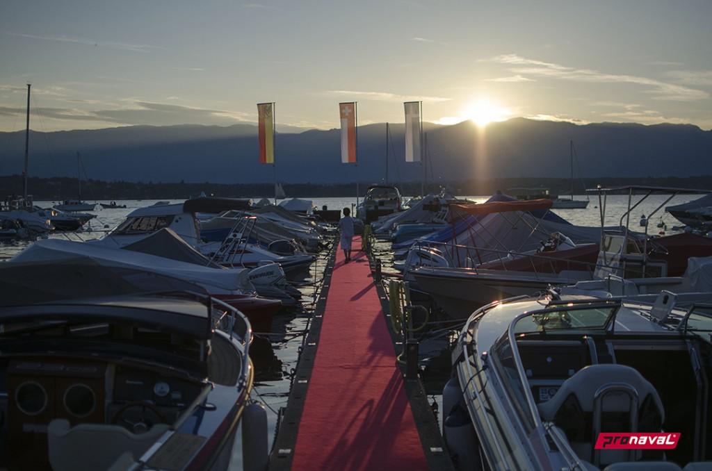 Coucher de soleil sur la Belotte, Pronaval SA, achat, vente et location de bateaux à Genève, Marina port de la Belotte, lac léman